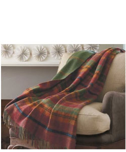 Sublime Scottish Plaid Throw