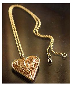 Heart of Lace Necklace
